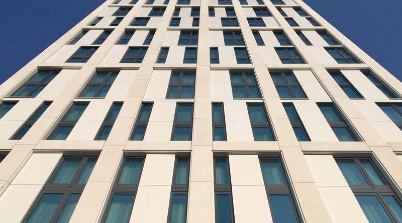 Hotel Stadt Lörrach, Lörrach 2015, Glasfaserbeton weiß